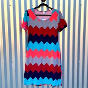 NWT Short Sleeve Chevron Striped Day Dress Medium